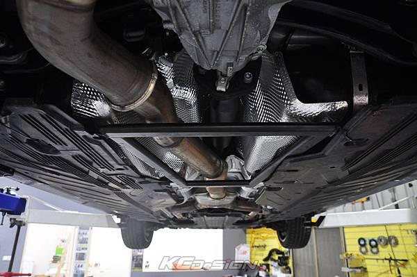 M-Benz C43 測試 KCDesign 引擎拉桿、前下4點、後下4點式結構桿(2板和3板)、後下二點式結構桿、後上拉桿_030.jpg