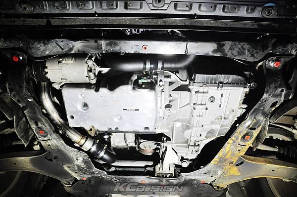 Volvo XC60 T5 安裝 KCDesign 前後4點拉桿、引擎拉桿、T5 6速渦輪管_011.jpg