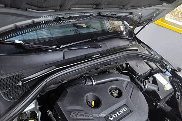 Volvo XC60 T5 安裝 KCDesign 前後4點拉桿、引擎拉桿、T5 6速渦輪管_007.jpg
