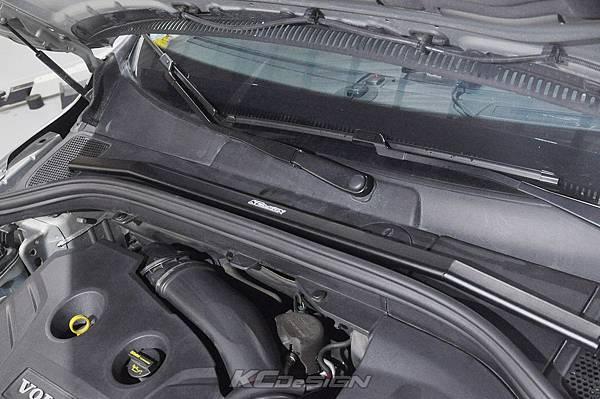Volvo XC60 T5 安裝 KCDesign 前後4點拉桿、引擎拉桿、T5 6速渦輪管_004.jpg