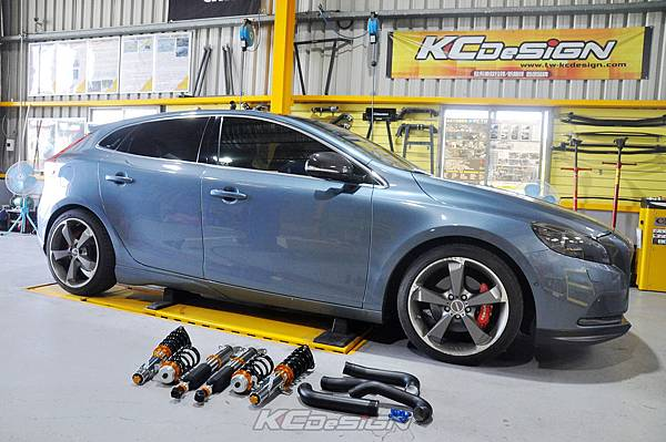 Volvo V40 T3 安裝 KCDesign 渦輪管、避震器、KC.TBS_002.jpg