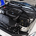 BMW F20 Lci B48 安裝 KCDesign 水箱支架補強桿_005.jpg