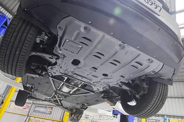 Volvo XC40 T5R 安裝 KCDesign 底盤結構桿、鋁合金下護版、高流量濾網_022.jpg