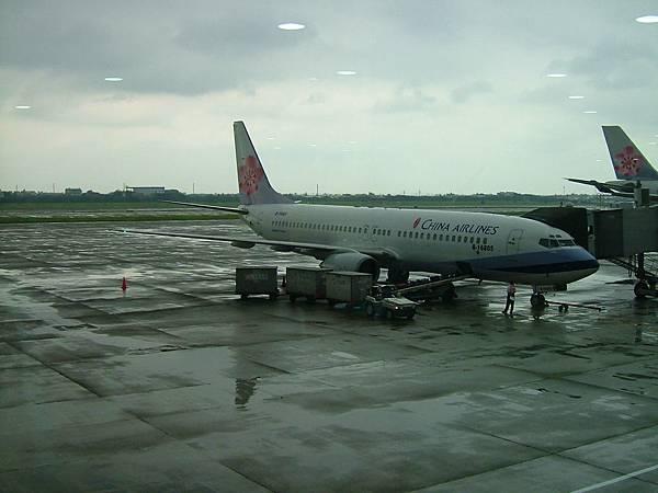 載我們到普吉島的華航CI645飛機