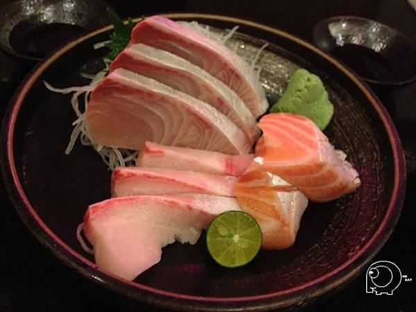 魚肚生魚片