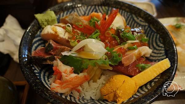 海膽加海鮮丼