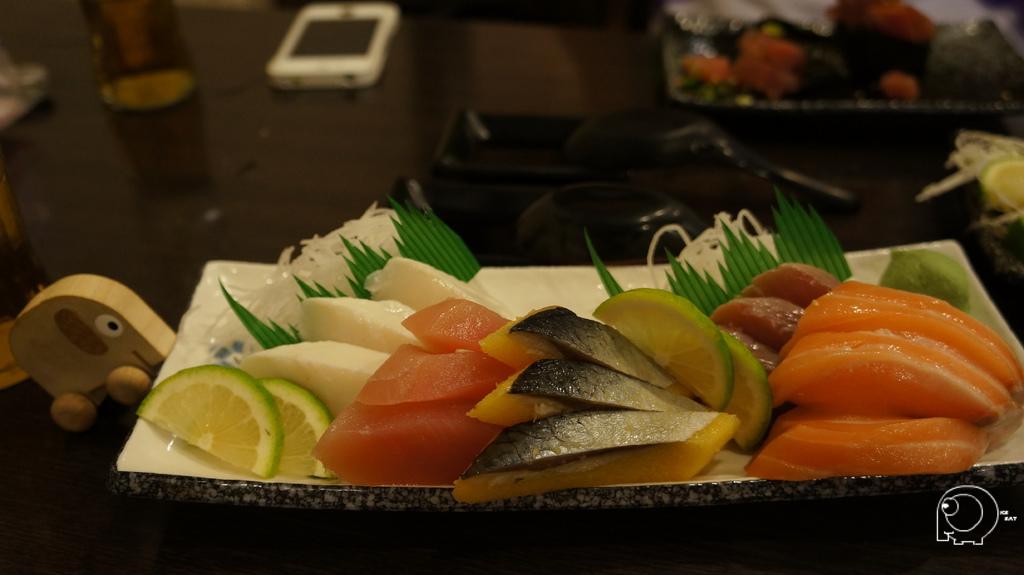 大綜合生魚片