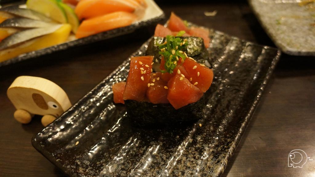 鮪魚蔥花壽司
