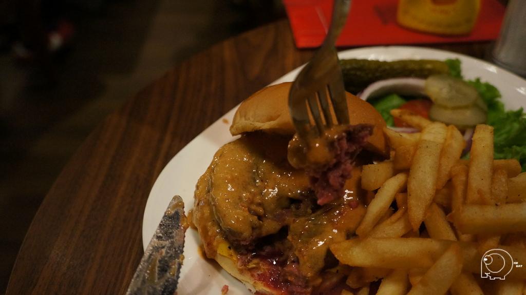 花生醬牛肉堡
