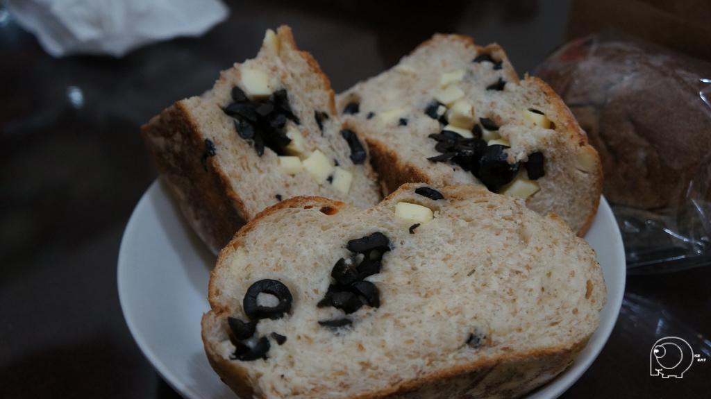 橄欖起司麵包