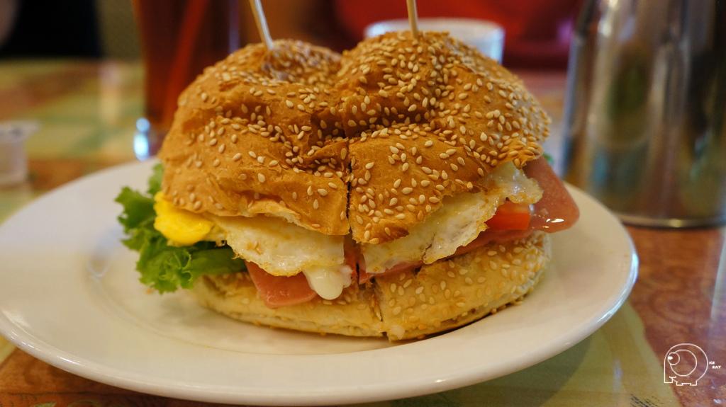 巨無霸大漢堡