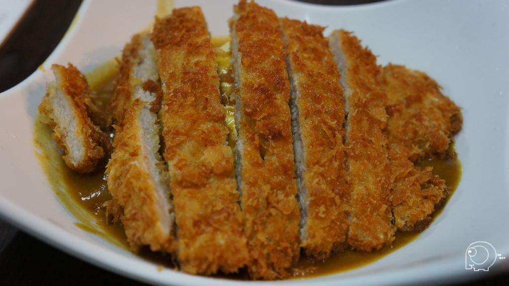 炸豬排咖哩蛋包飯