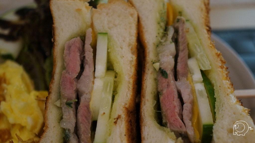青醬豬肉三明治