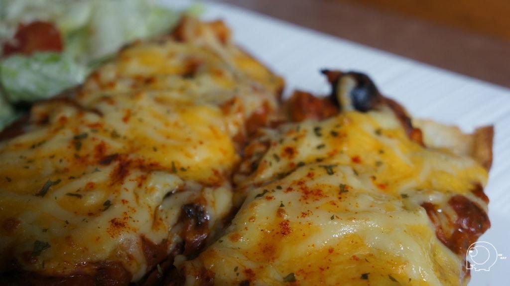 長棍麵包披薩茄汁海鮮口味