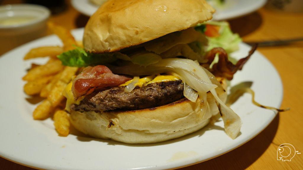 牛肉培根漢堡