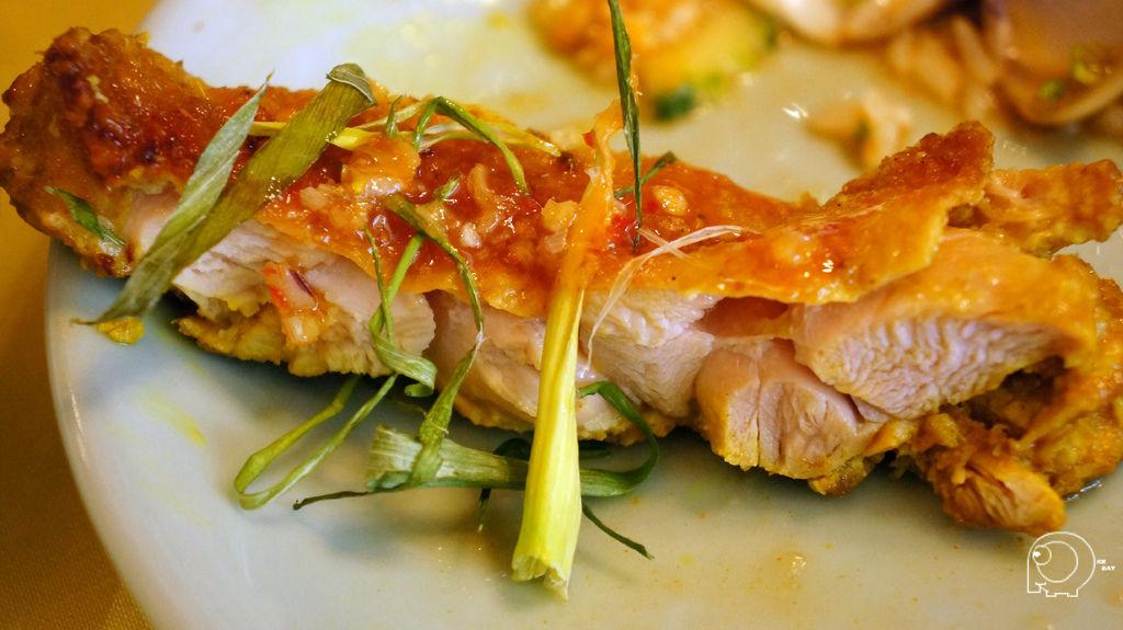 黃薑烤雞腿