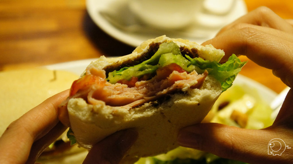 義式香料火腿三明治