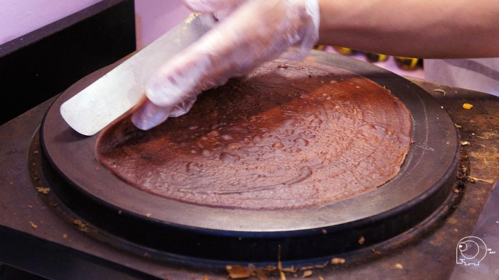 製作可麗餅