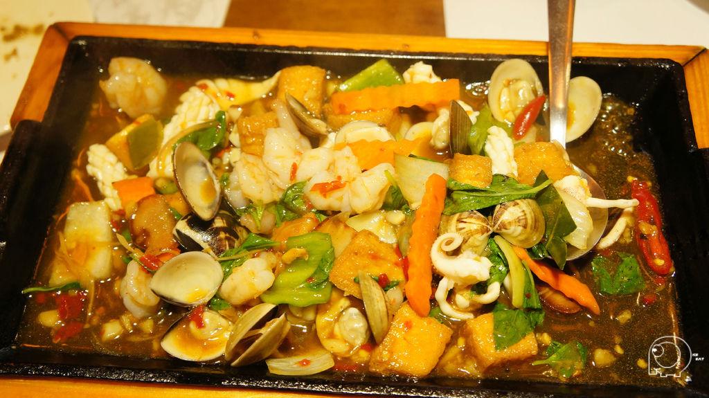 鐵板海鮮豆腐