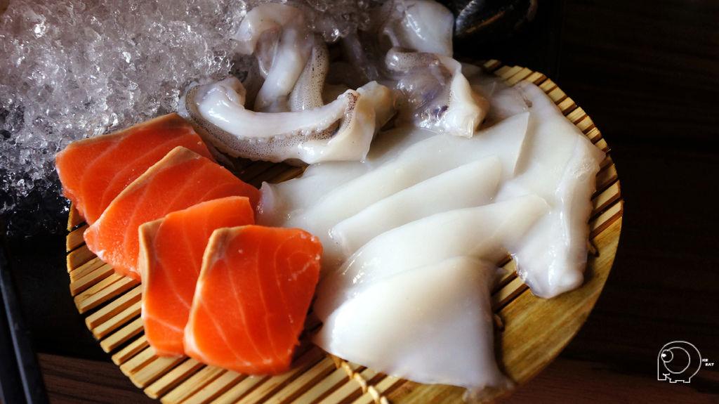 鮭魚跟花枝