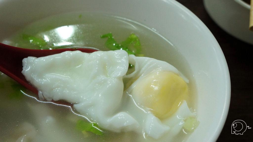 餛飩蛋包湯