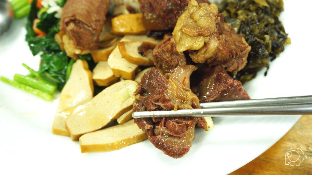 紅燒牛腩飯