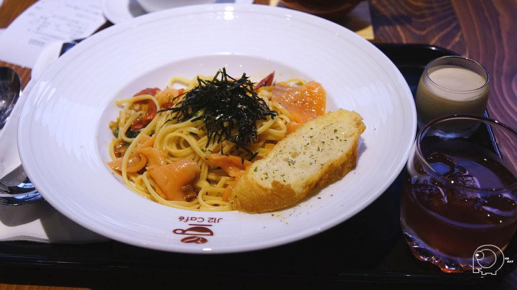 燻鮭魚義大利麵