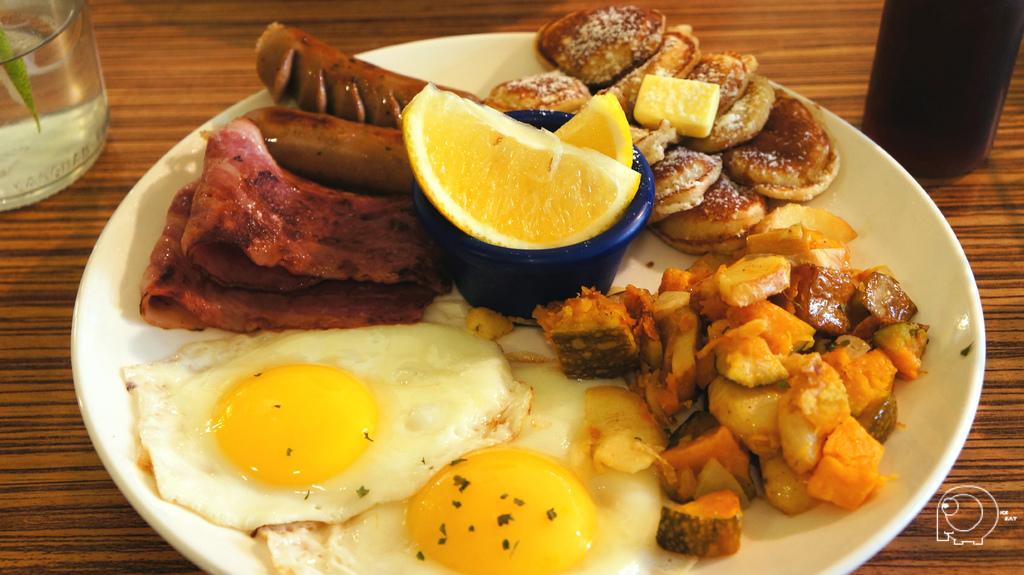 雙腸培根組合早午餐