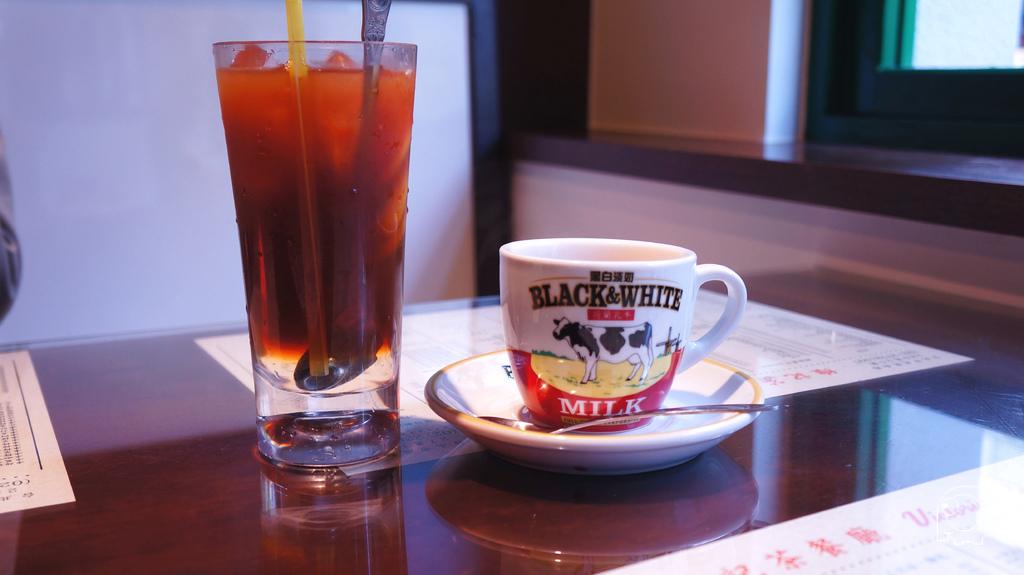 凍檸茶&熱鴛鴦奶茶