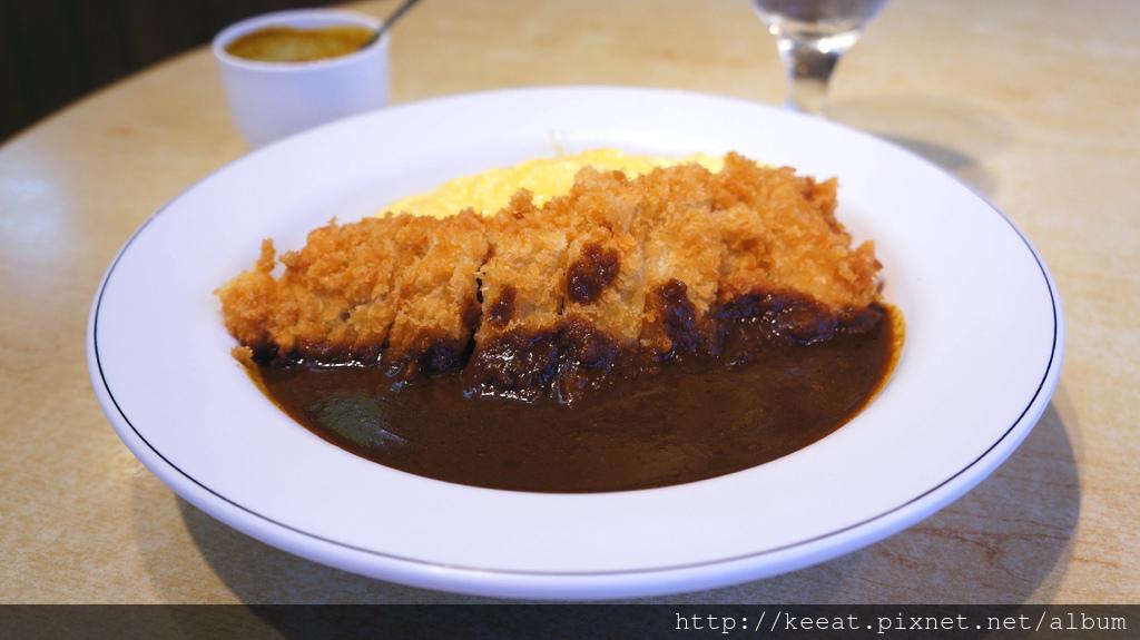 蛋包豬排咖哩飯