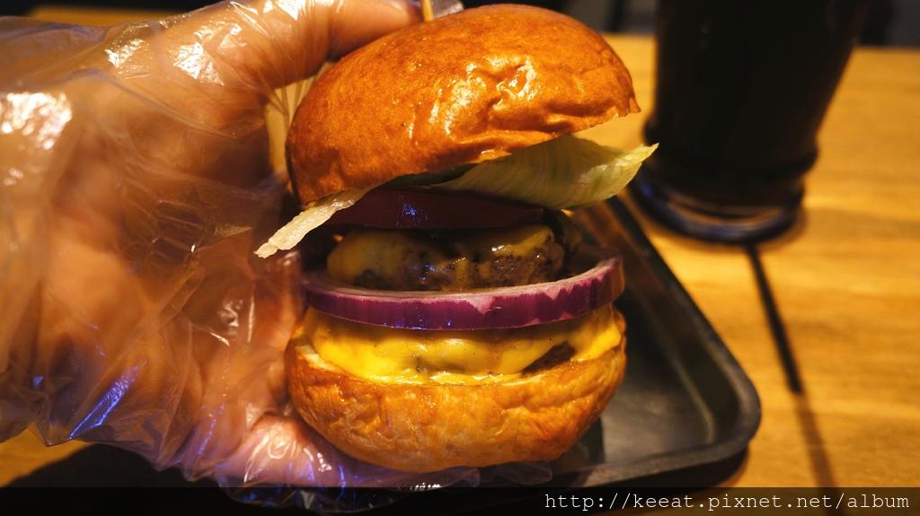 雙層牛肉經典漢堡