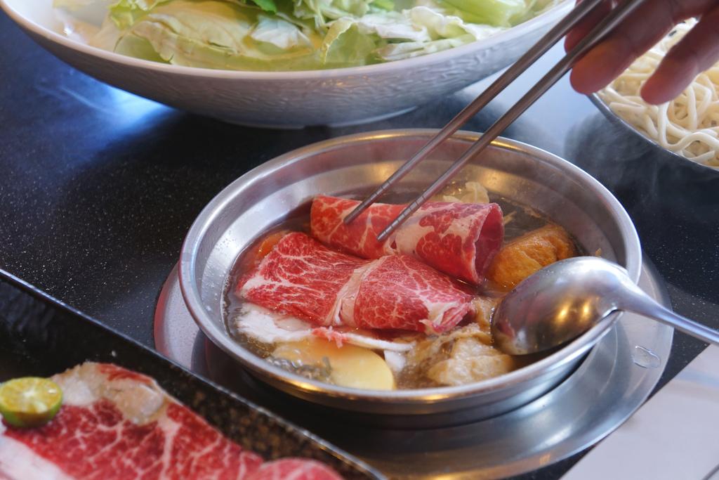 霜降牛肉鍋