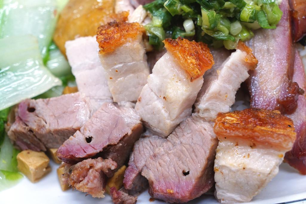 油雞叉燒飯加燒肉