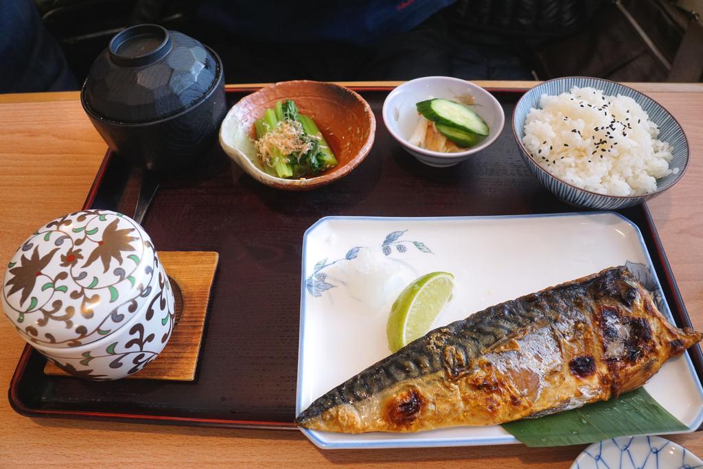 烤鯖魚定食
