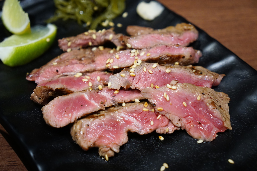 厚切牛排丼肉加量