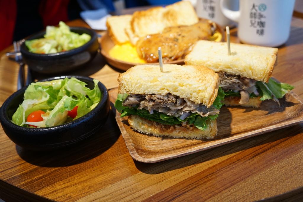 豚蔬麻三明治