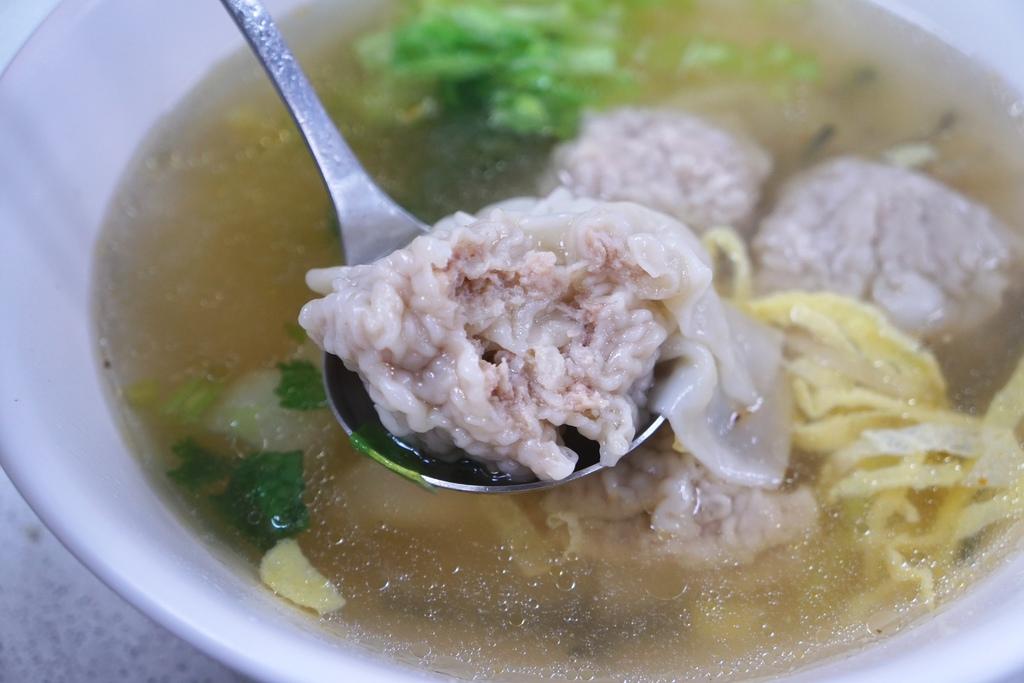 鮮肉大餛飩湯