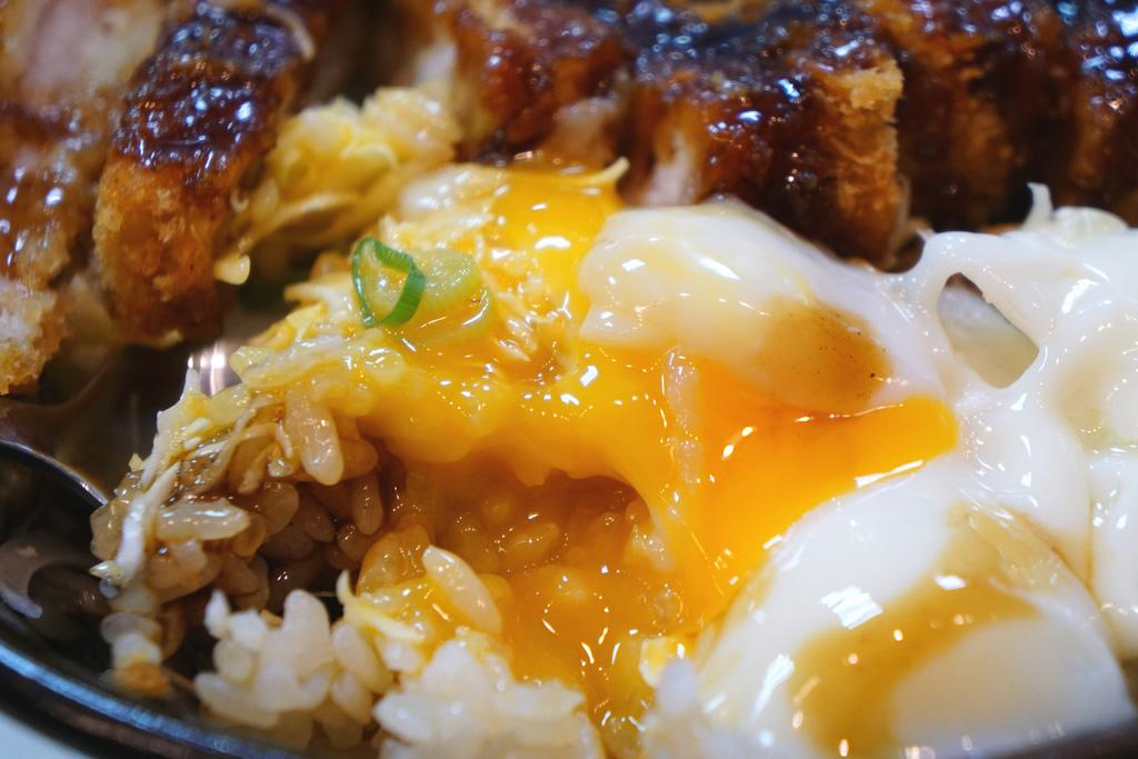日式原味豬排蓋飯
