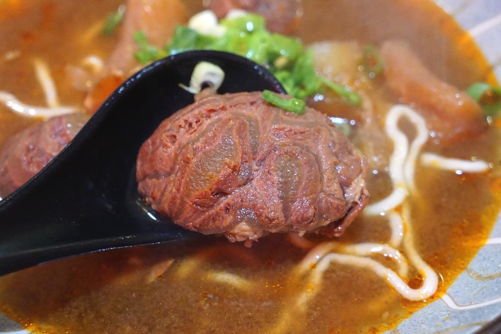紅燒半筋半肉麵