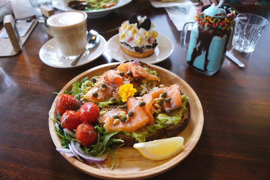酪梨挪威燻鮭魚騷朵