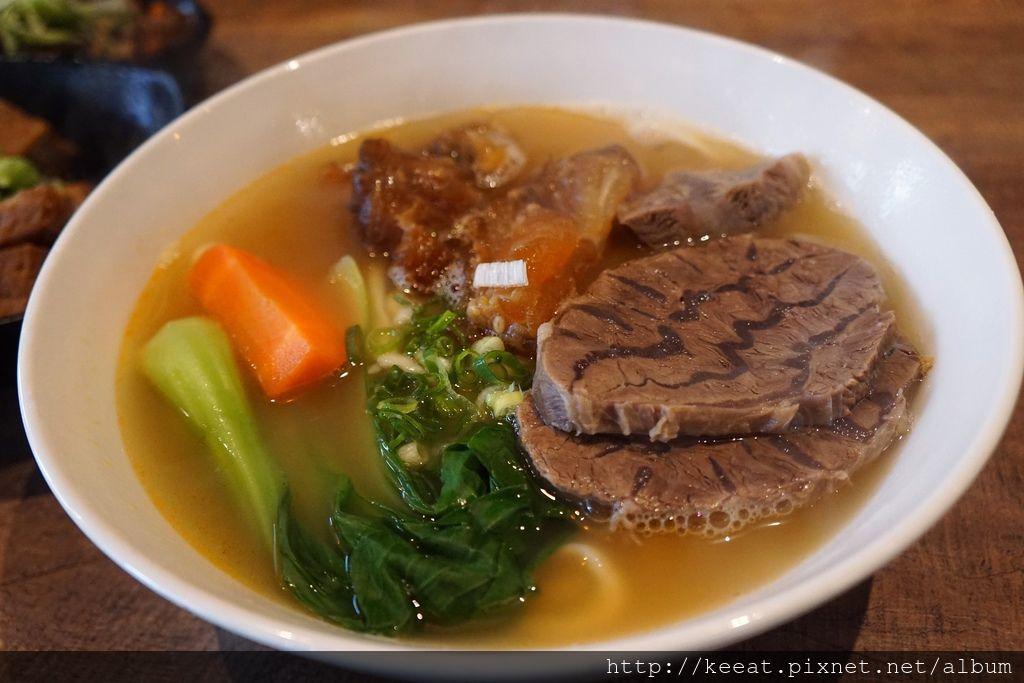 清燉半筋半肉麵