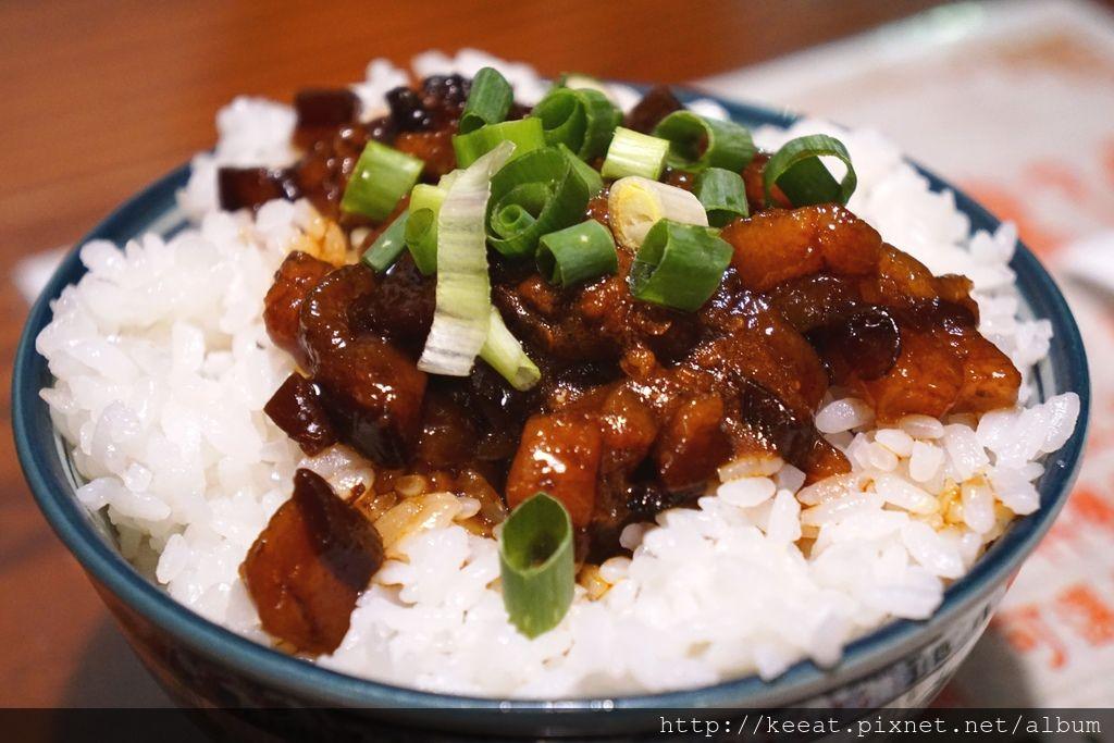 麻辣滷肉伴飯