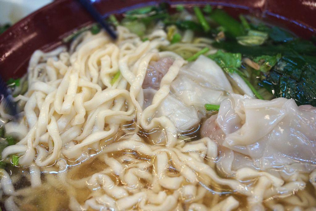 清湯餛飩意麵