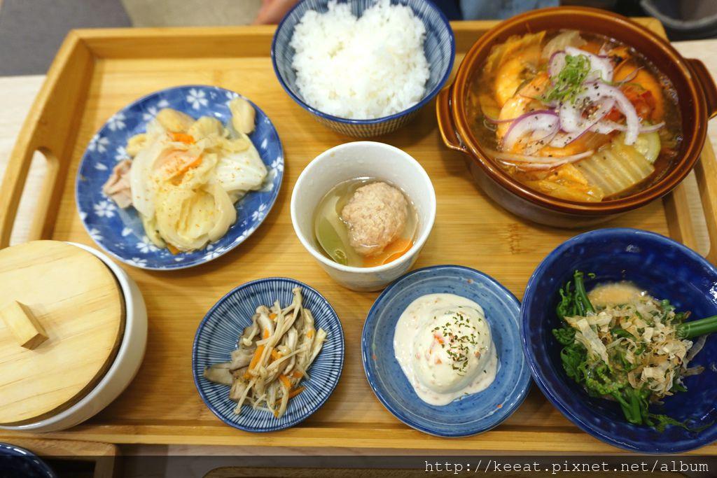 櫛瓜海老鍋物定食