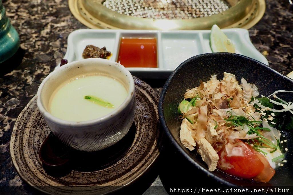 茶碗蒸與沙拉