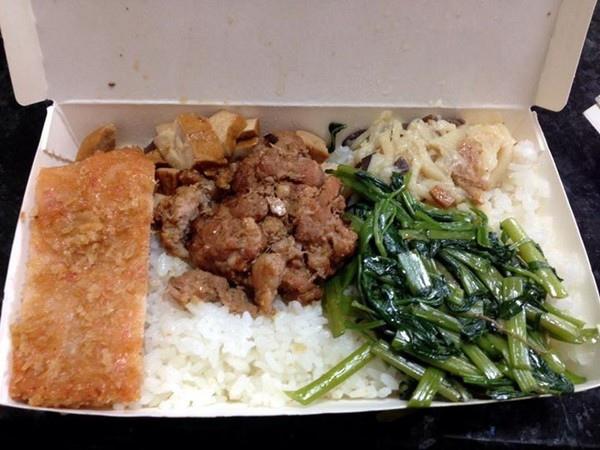 台南便當「炸肉排+4菜」35元! 網友推爆:佛心來著_02
