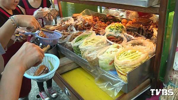 高雄排隊美食!小木櫥賣滷味 種類達80餘種