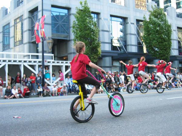 Canada Day Parade~手一輪腳一輪