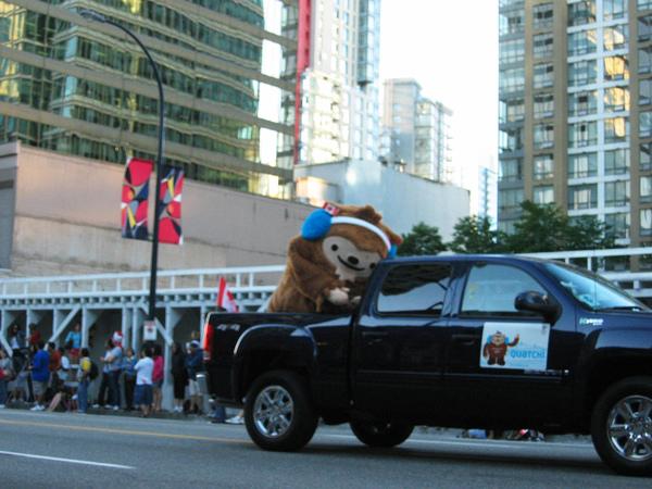 Canada Day Parade~我超愛這隻的啦!