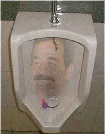 全球最曖昧廁所大亂鬥15